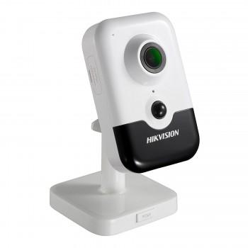 2 Мп IP видеокамера Hikvision DS-2CD2421G0-IW (2.8 ММ) c Wi-Fi